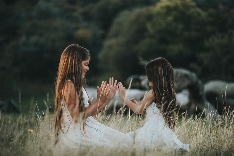 Позы для фотосессии с ребенком