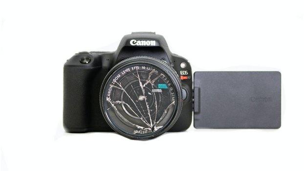 Проверка фотоаппарата на повреждения