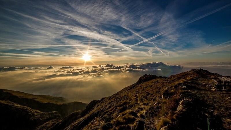 Горы и небо